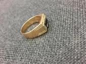 Печатка золотая мужская 585