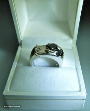Печатка перстень кольцо с алмазом 1,3кр